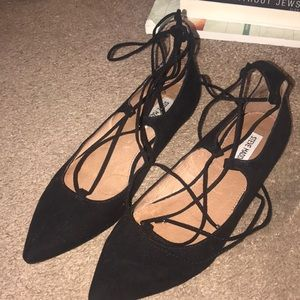 Steve Madden LeCrew Flats: Black Suede Size 9